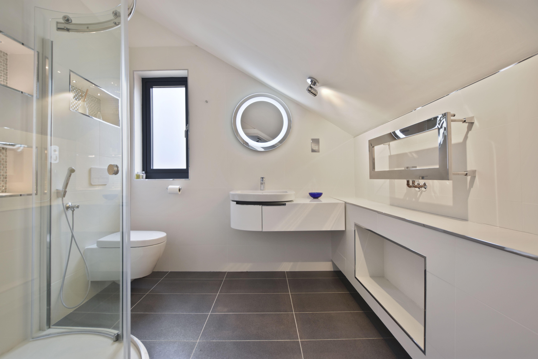 Bathroomsbydesign Is One Of The Uk S Leading Bathroom Retailers Championing Design Excellence Innovation Bathroom Solutions Bespoke Bathroom Bathroom Design