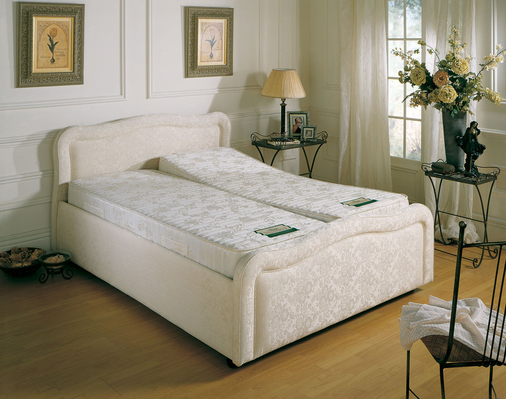the contessa adjustable bed adjustable electric beds pinterest