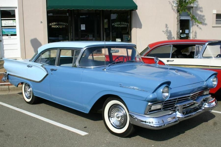 1957 ford victoria town sedan 4 dr hrdtp ford vehicles for 1957 ford 2 door