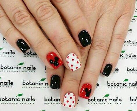 uas negras rojas y blancas