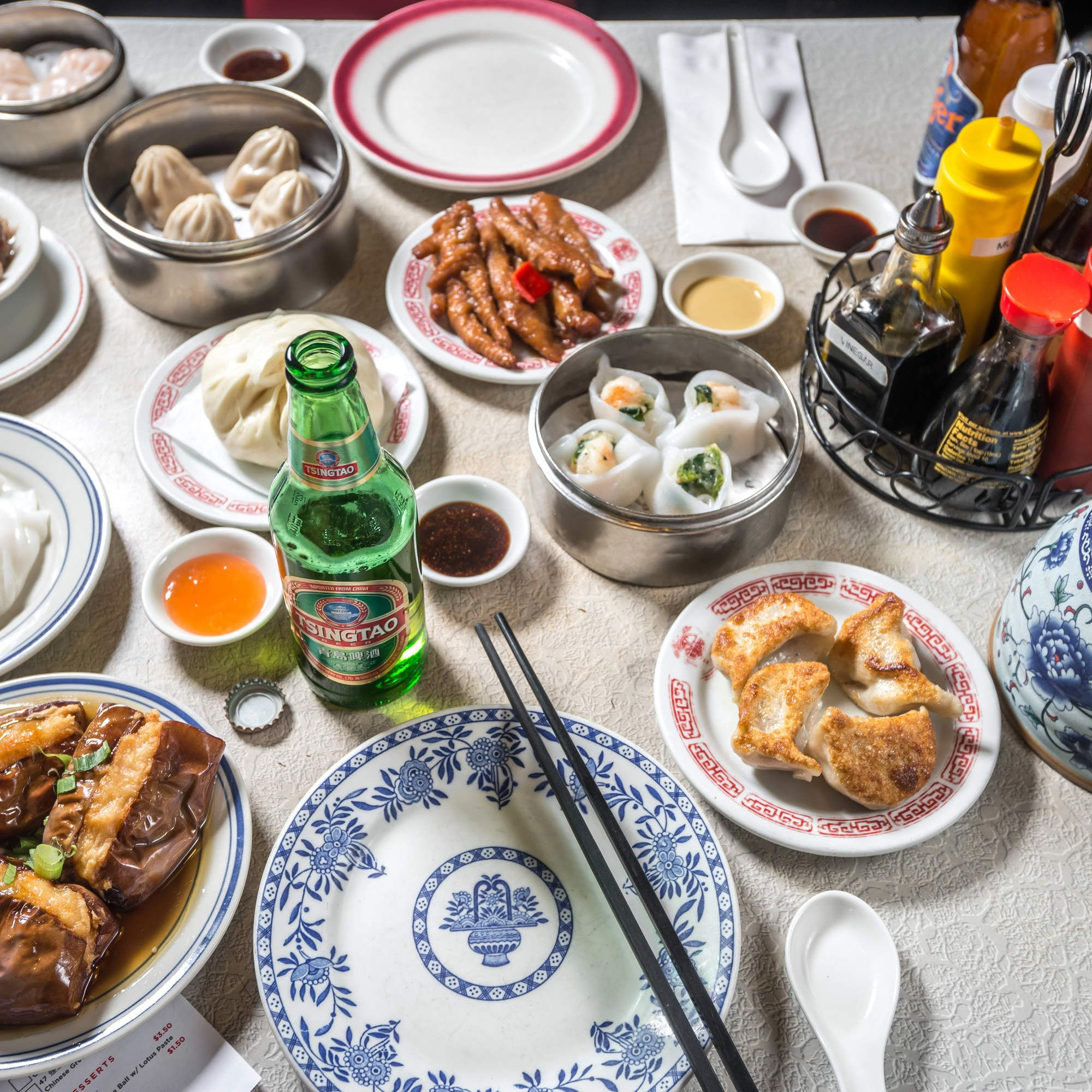 The Best Chinese Food In 32 Nyc Neighborhoods Best Chinese Food Nyc Food Chinatown Restaurants