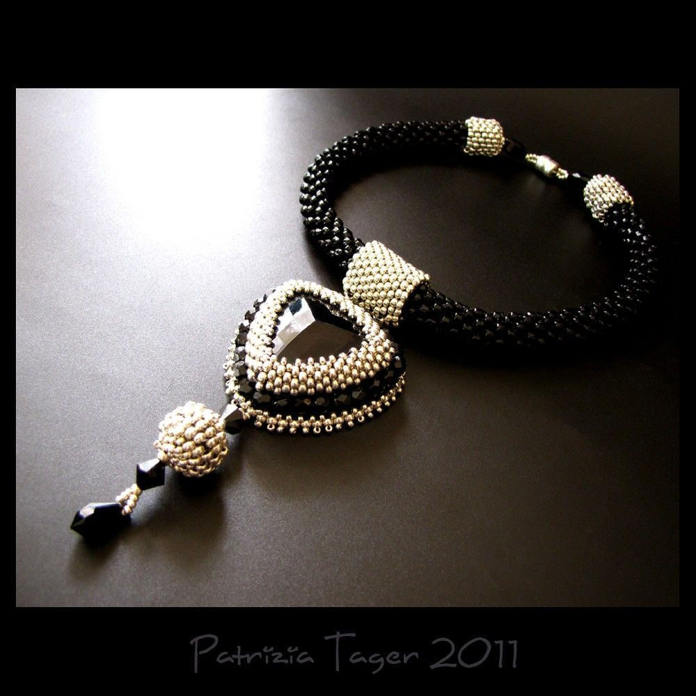Patrizia tager of triz designs bead crochet with peyote bezeled
