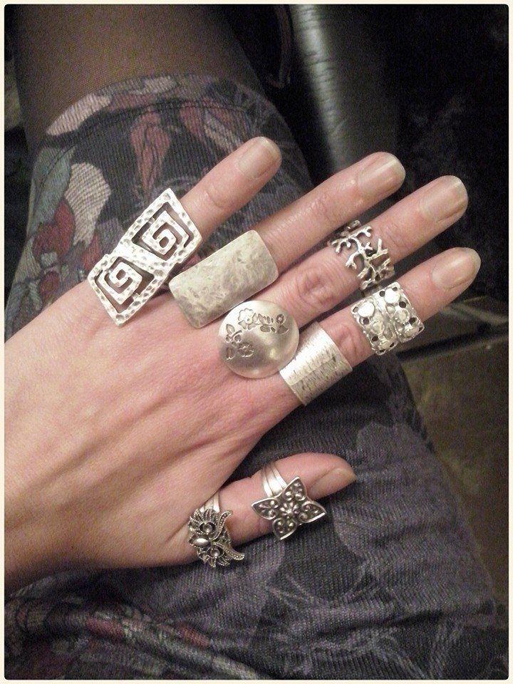 Quale sceglieresti?  #anelli #Frida #creazioni