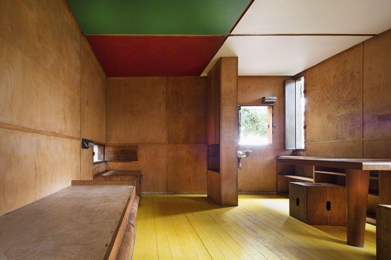 pingl par mark peterson sur small places pinterest cabanon. Black Bedroom Furniture Sets. Home Design Ideas