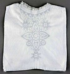 Witte beuk met een patroon van harten en sterren (Zeeuws Museum-collectie KZGW) #Zeeland #Walcheren