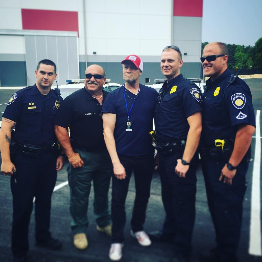 Michael Rooker and the Union City Police Department Great