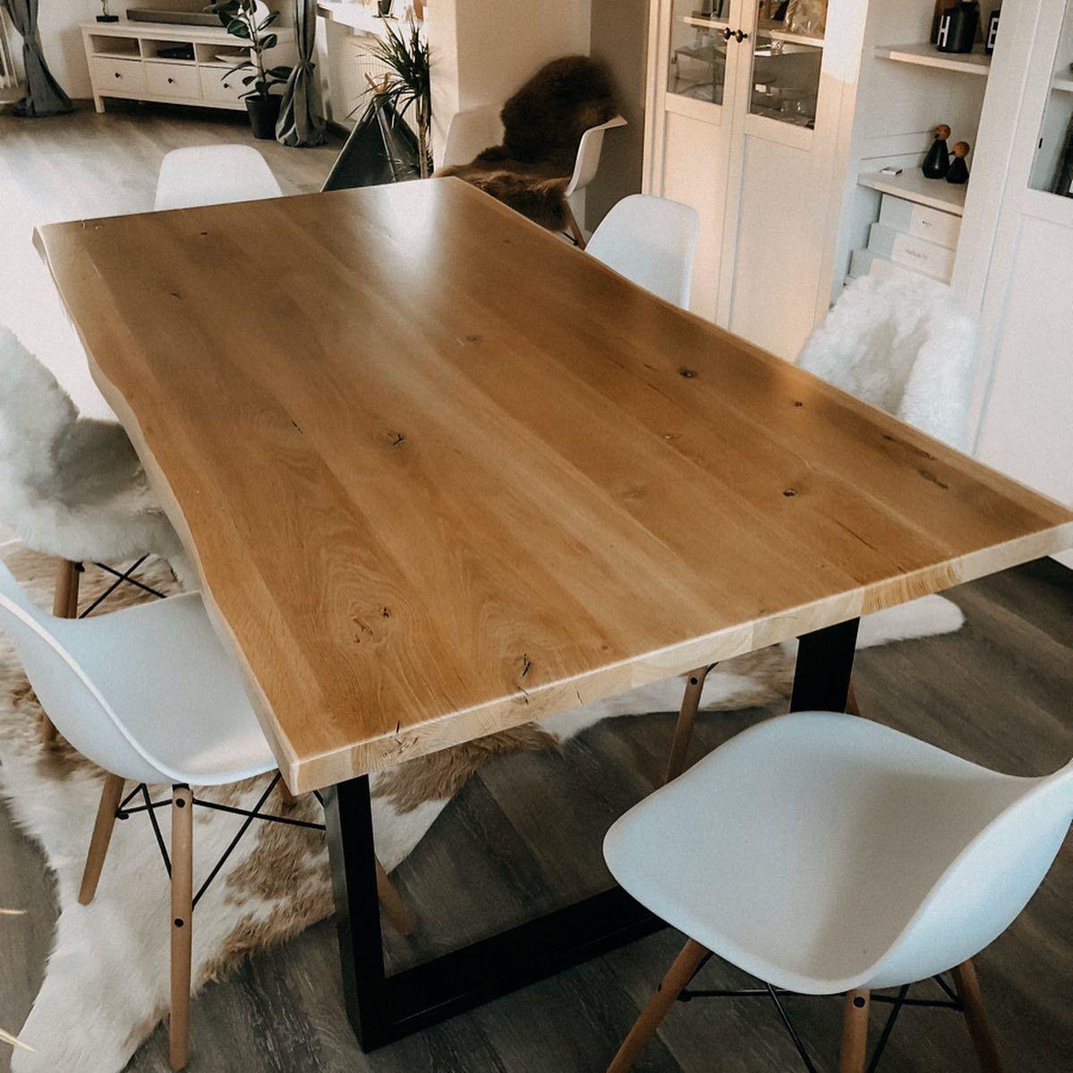 Wohnzimmer Mit Esstisch Aus Eiche In 2020 Home Decor Table D