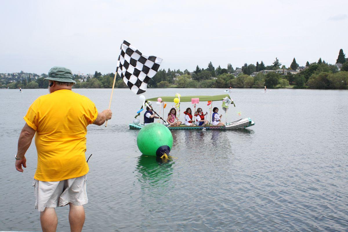 Such a cute little boat! Milk, Green lake