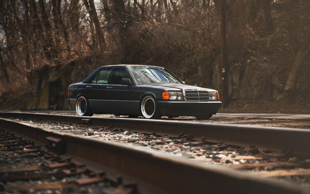 Mercedes 190e Wallpaper