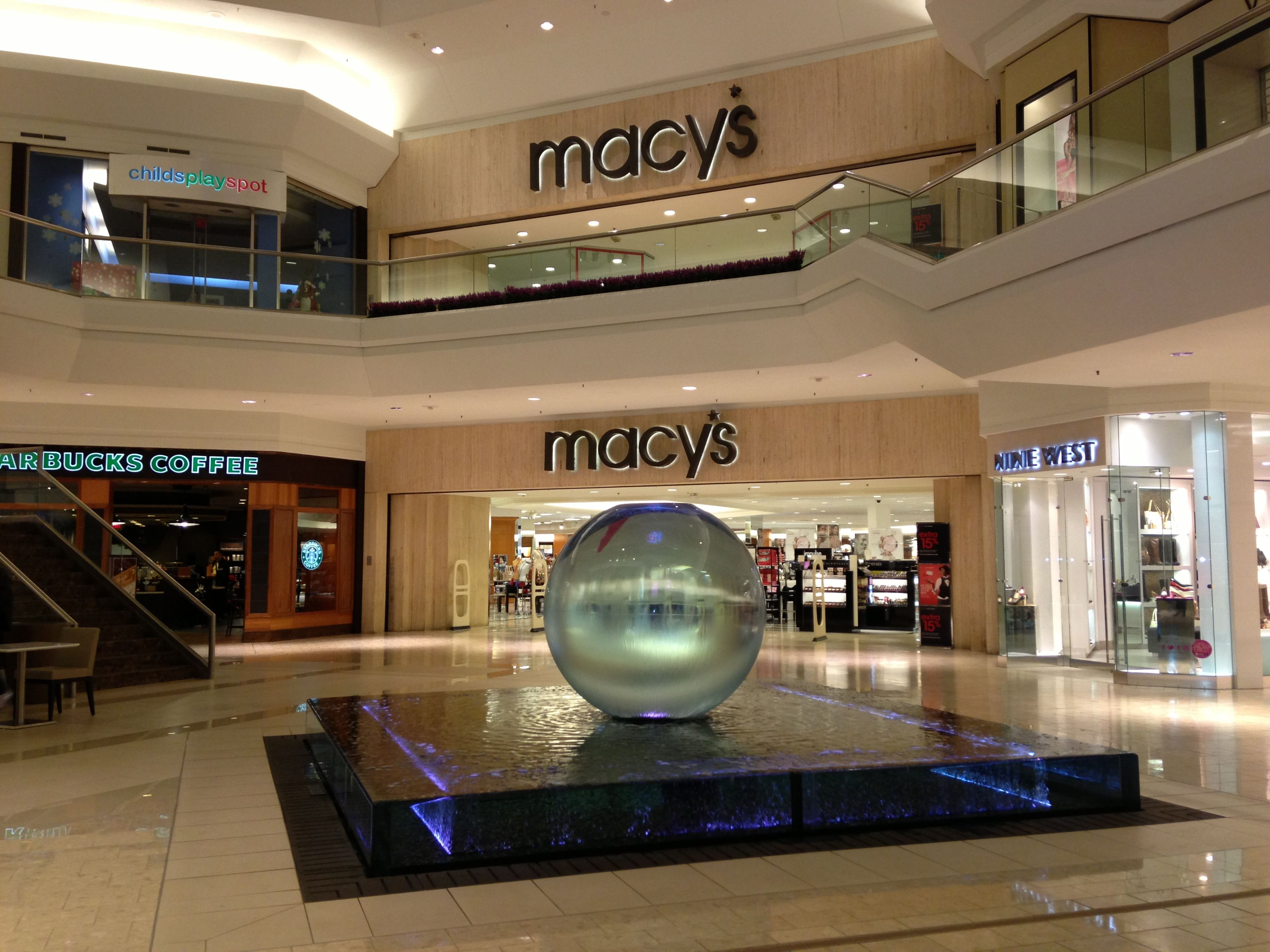 404a988bb01c2070bc0ea98b9ff3e2ec - Is There A Macy's In Jersey Gardens Mall