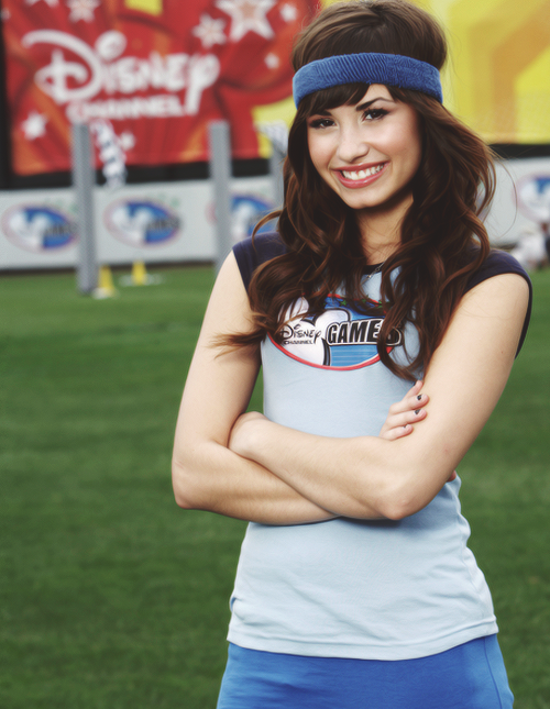 demi @ the Disney channel games