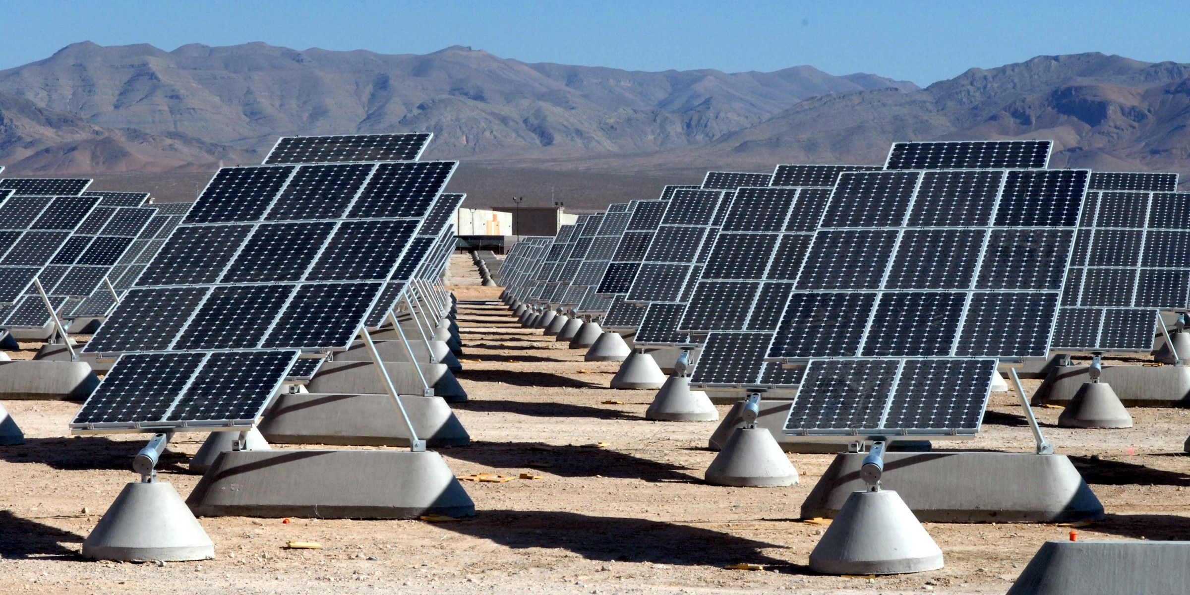 Kurzweil Predicts Solar Industry Dominance In 12 Years That S A Lot Closer Than You Think Solar Panels Solar Solar Power Plant