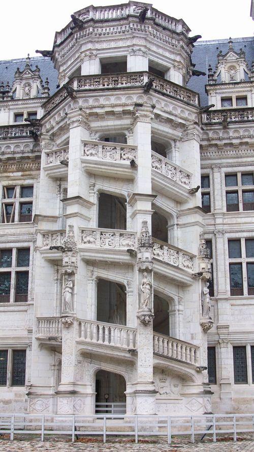 escalier exterieur chateau