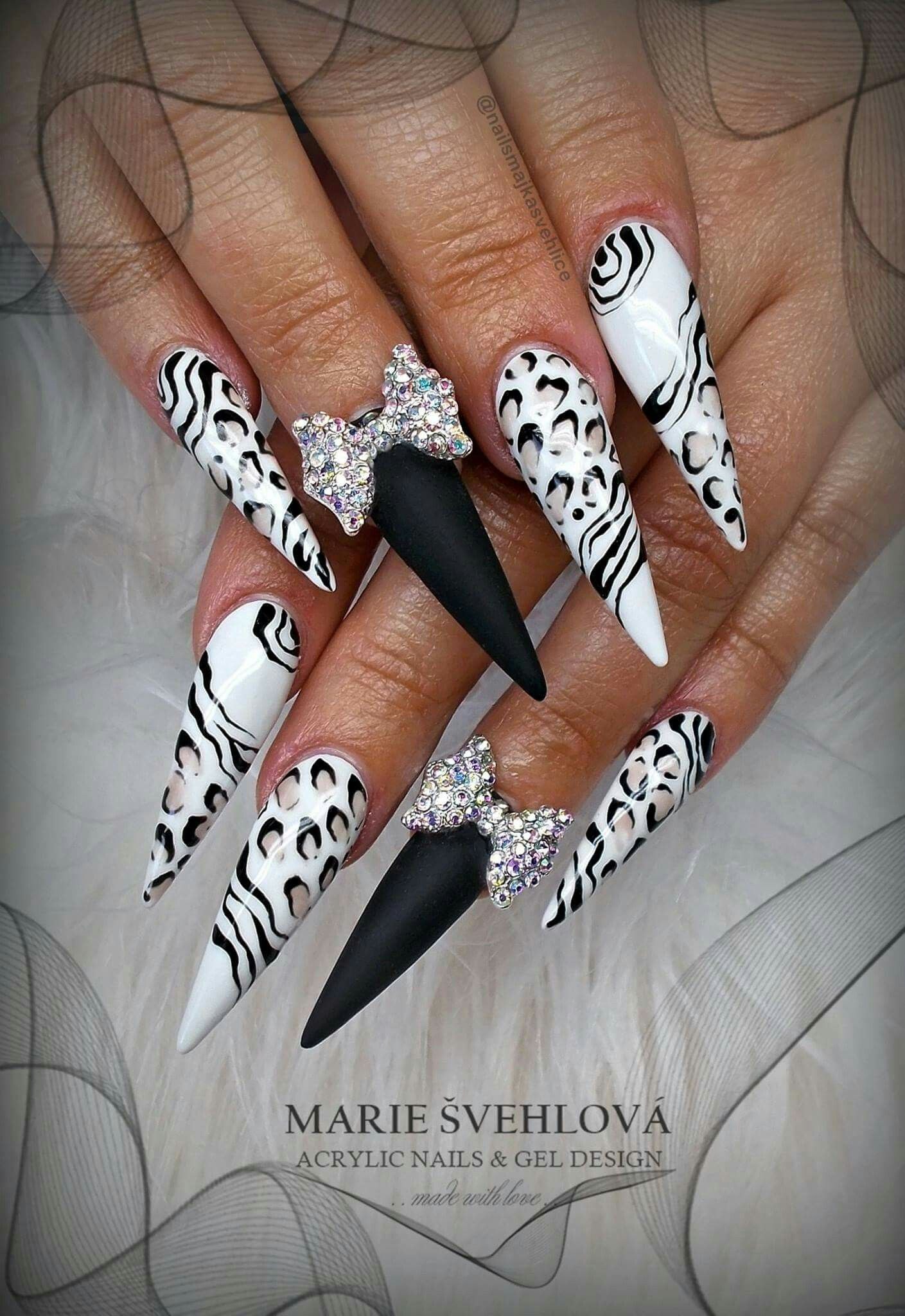 Acrylic Nails Gel Design Long Nails Black White Nails Glitter Nails Acrylic Nail Designs Bling Nails