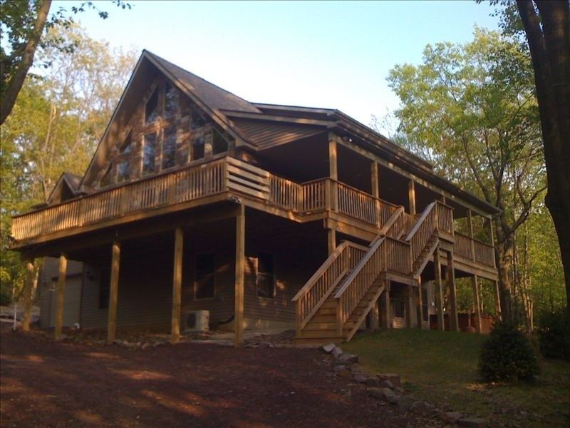 Lake Harmony Vacation Rental   VRBO 303464   6 BR Poconos House In PA, 2009