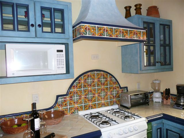 Mexican Style Kitchen Cabinets Talavera Backsplash | My Style In 2019 | Mexican Home