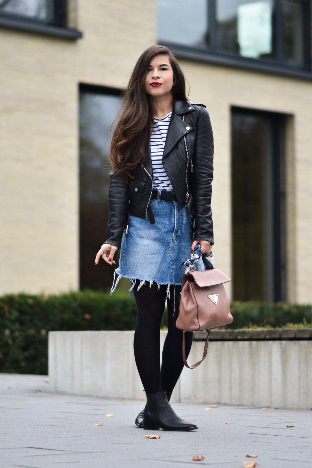 Outfit: Rockiger Herbstlook mit Jeansrock, Lederjacke und