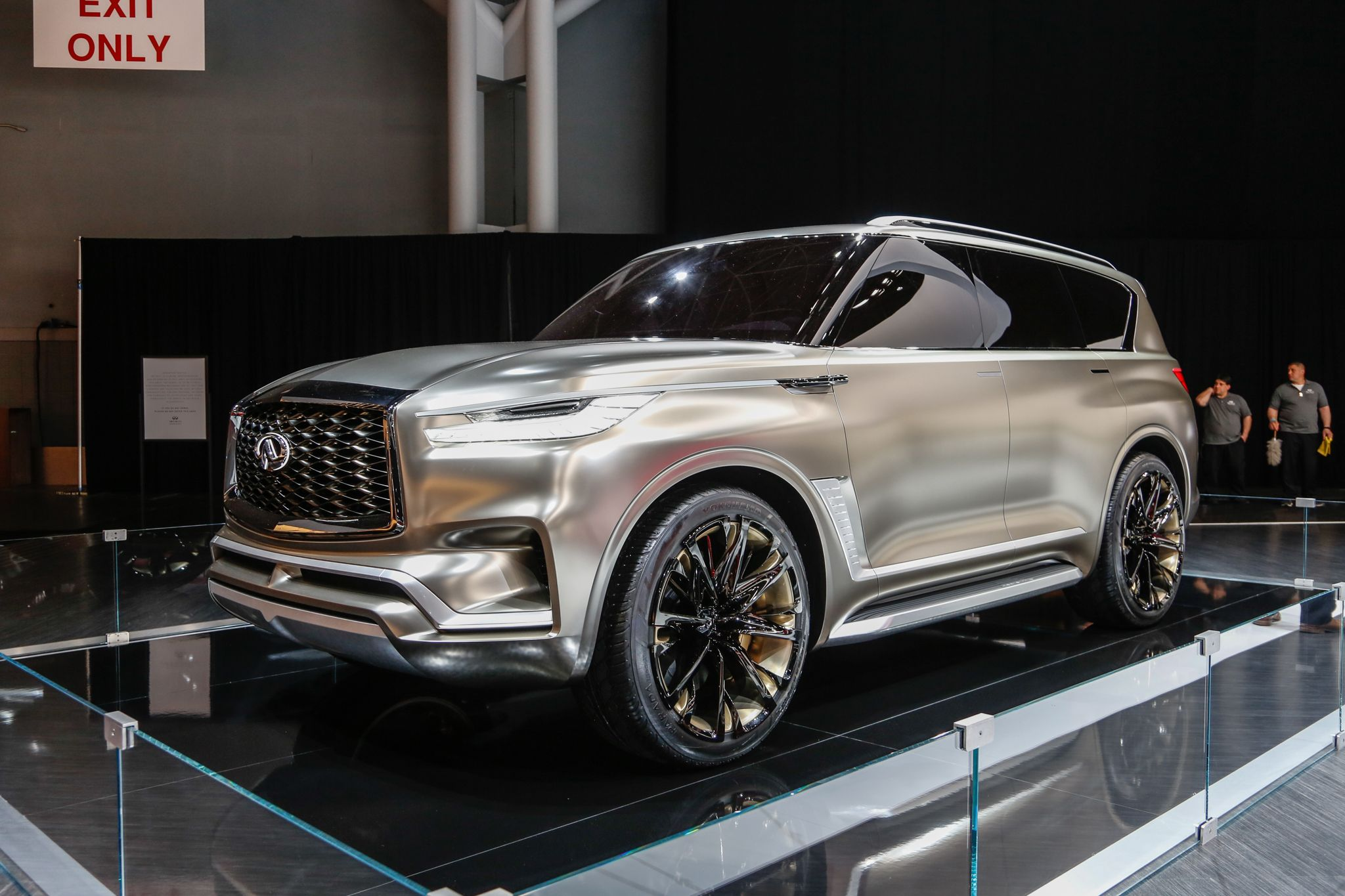 The Infiniti Qx80 Monograph Concept Infiniti Officially Revealed On The Eve Of The 2017 New York International Auto Show Infiniti Suv Suv For Sale