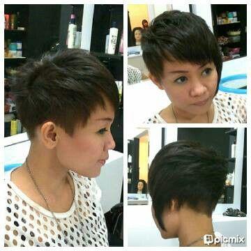 Woman hair short asymetris emo messy