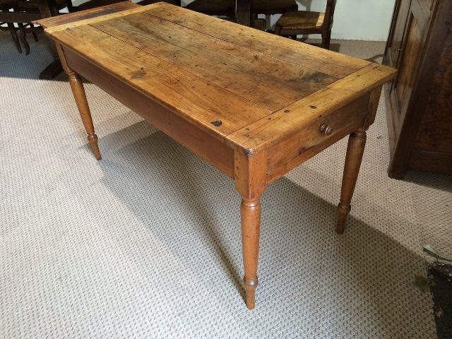 Introducing Antique Cherry Round Leg Farmhouse Table With Small