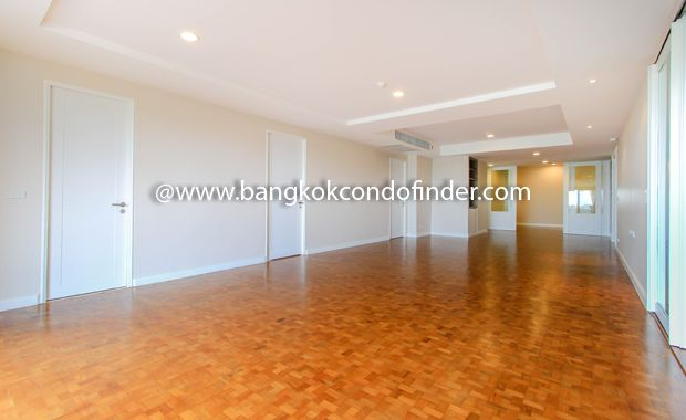 4 Bedroom Apartment For Rent At Baan Suan Maak Get Information Of This Building Available Apartments Apartments For Rent 4 Bedroom Apartments Condos For Rent