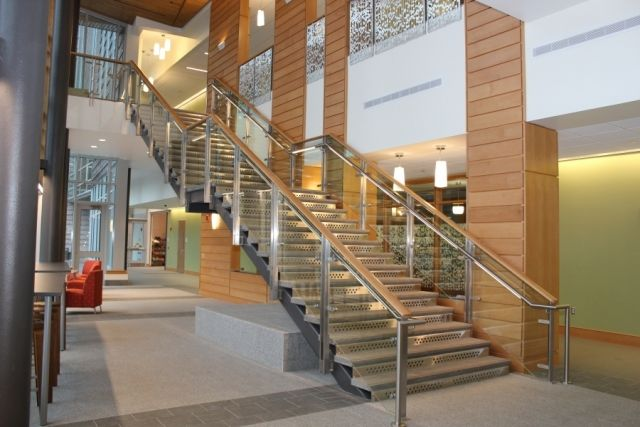 Monumental Stair With 3 4 Quot Stainless Steel Risers And