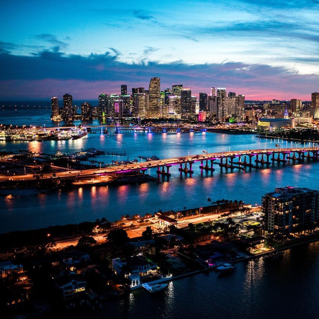 Downtown Miami At Night Downtown Miami Florida City South Beach Miami