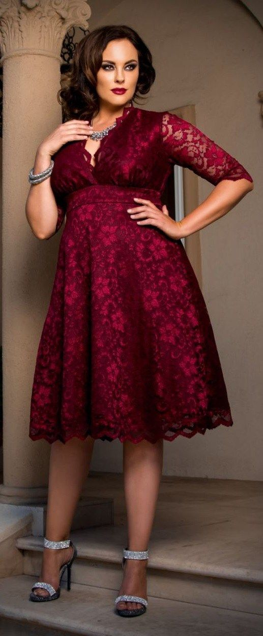 27 Plus Size Party Dresses {with Sleeves} | Party kleider ...