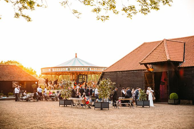 Barn Wedding Venues In Kent Set The Idyllic Countryside With Georgian Country House And Two Magnificent Oak Barns