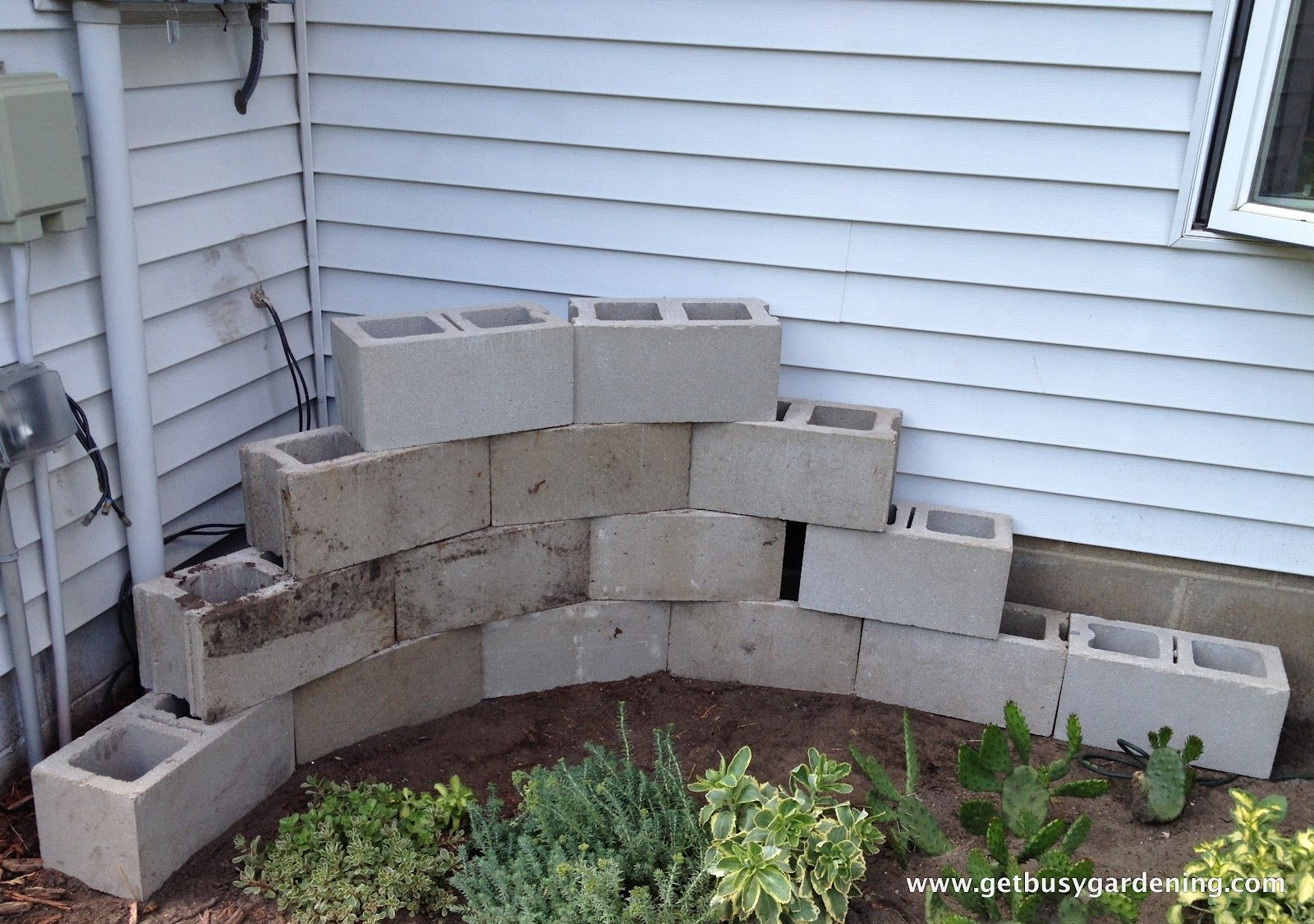 Design Simple Brick Building A Concrete Block Planter Initial Decoration  With Neat Wonderful And Simple Awesome