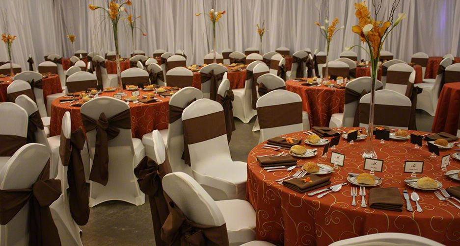 Orange And Brown Centerpiece Idea | Linen Rental   Table Linens, Table  Cloths, Table