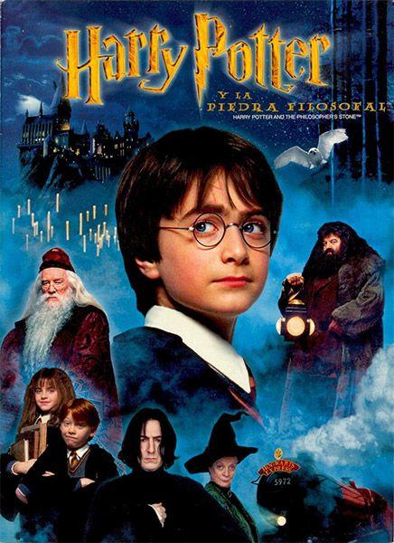 Harry Potter Y La Piedra Filosofal 2001 Películas De Harry Potter Peliculas De Disney Poster De Peliculas