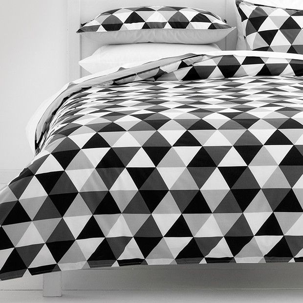 Monochrome Triangles Quilt Cover Set | Target Australia | Modern ... : black and white quilt cover sets - Adamdwight.com