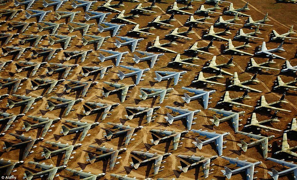 B52 S At Davis Monthan Afb Tucson With Images Graveyard