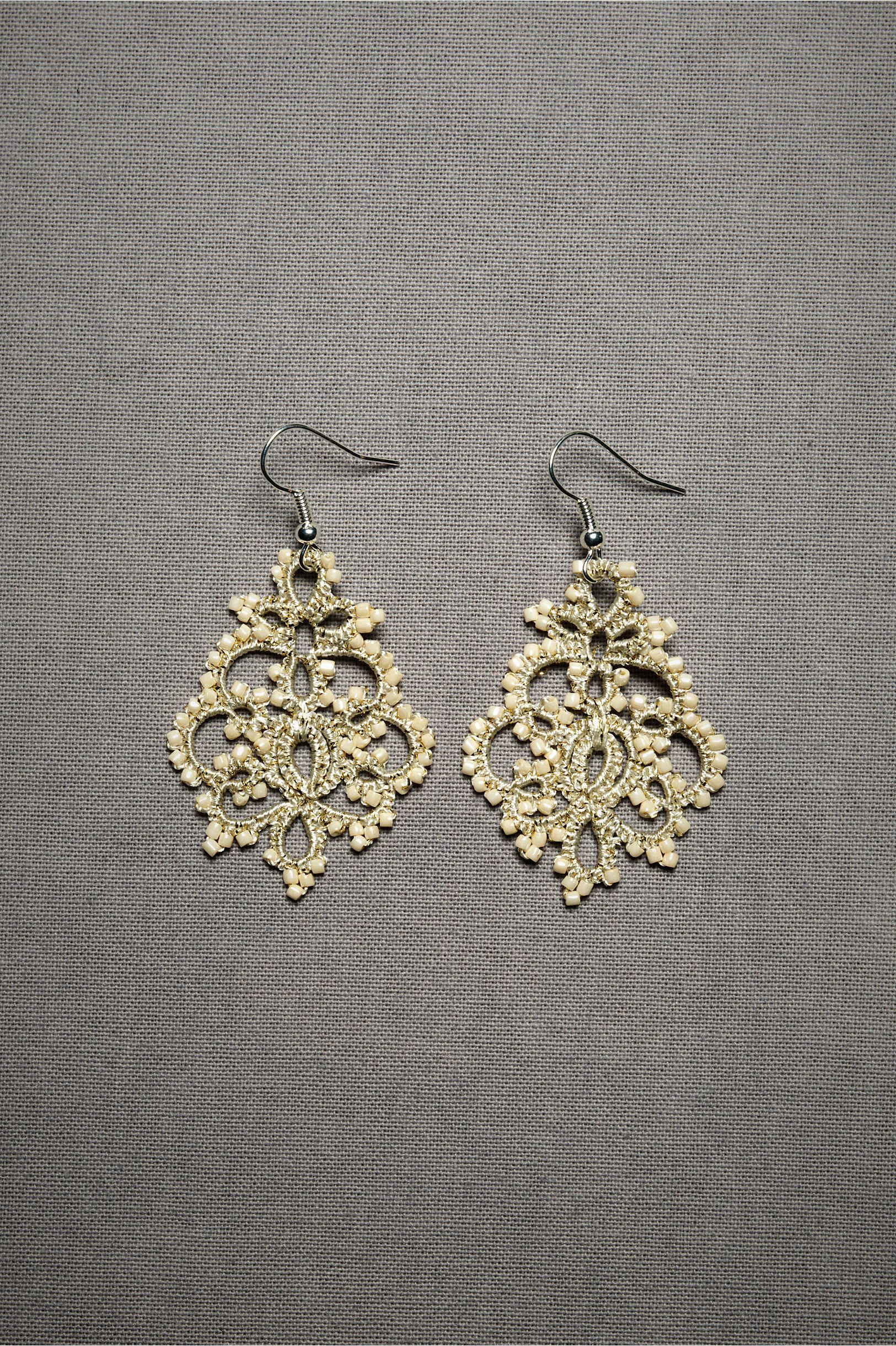 Queen anneus lace earrings style from