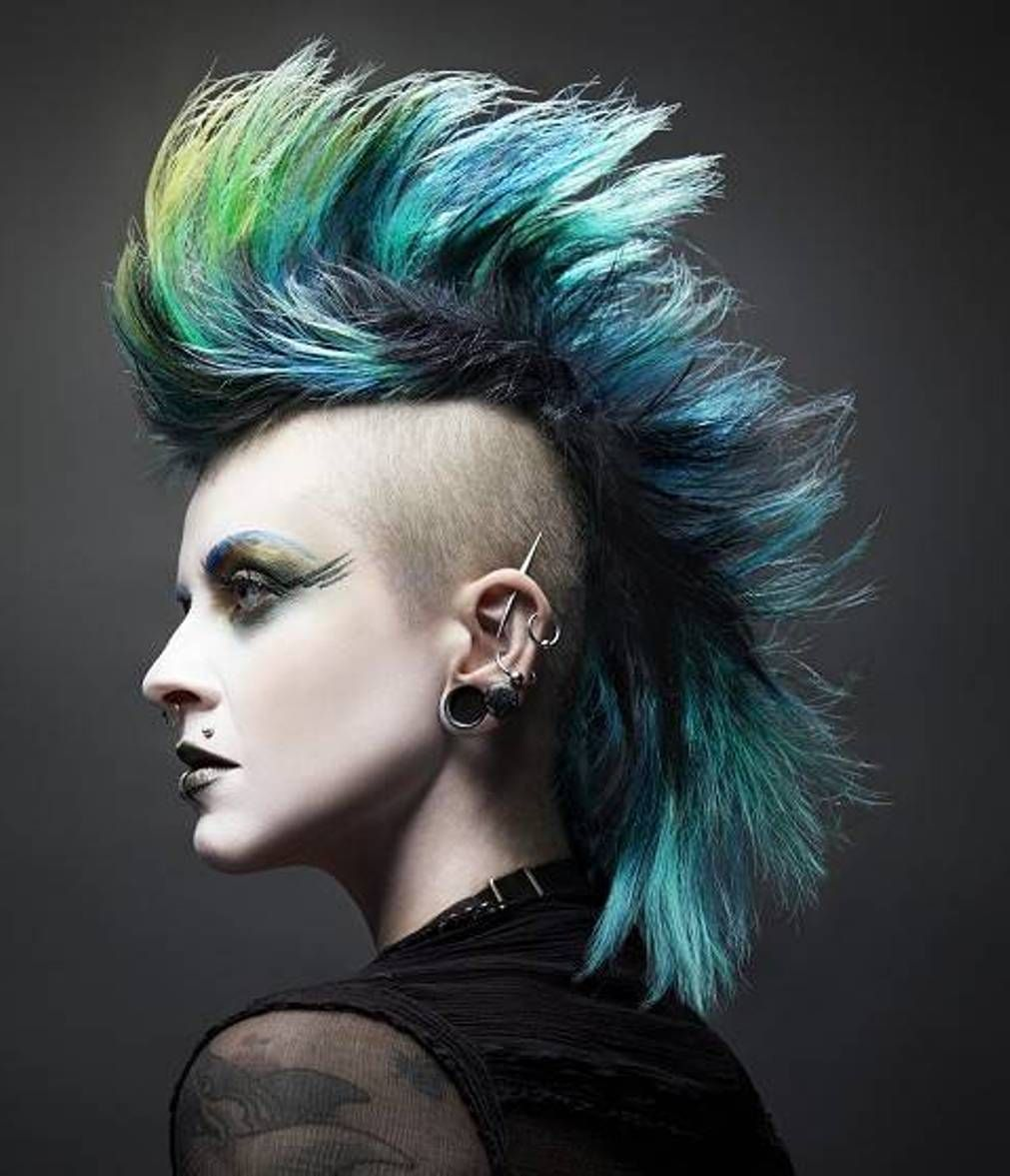 mohawk punk hairstyles for women - http://hairstylee.com/mohawk