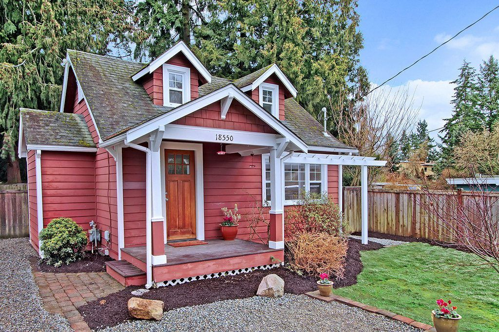 Adorable cottage in park-like setting offers serious sanctuary while staying connected to all things urban. Interior is lovingly maintained, filled with warm touches and brand new suite of appliances waiting to prepare their first home cooked meal! A sweet studio out back is flooded with light and ready for anything: Guest space, wood shop, yoga …