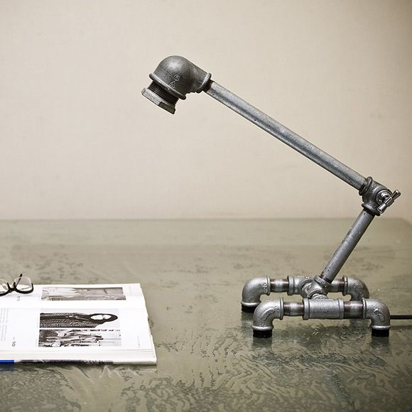 Simpáticas lámparas hechas de plomería o tubos, un diseño perfecto