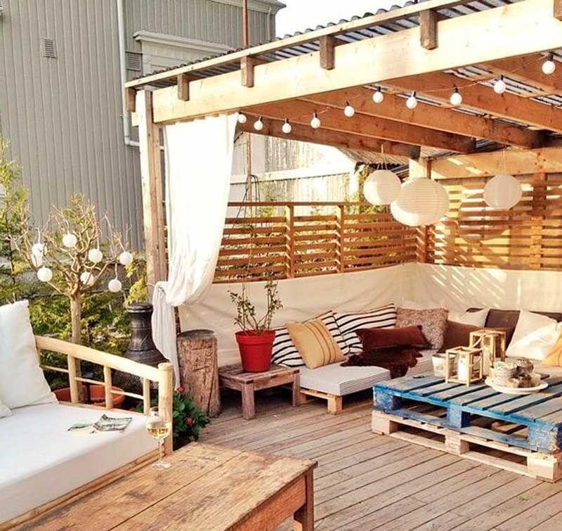 20 Ideas Súper Bonitas Para Decorar Tu Espacio Exterior Con Palets Diseño De Terraza Decoración De Patio Decoración De Patio Exterior