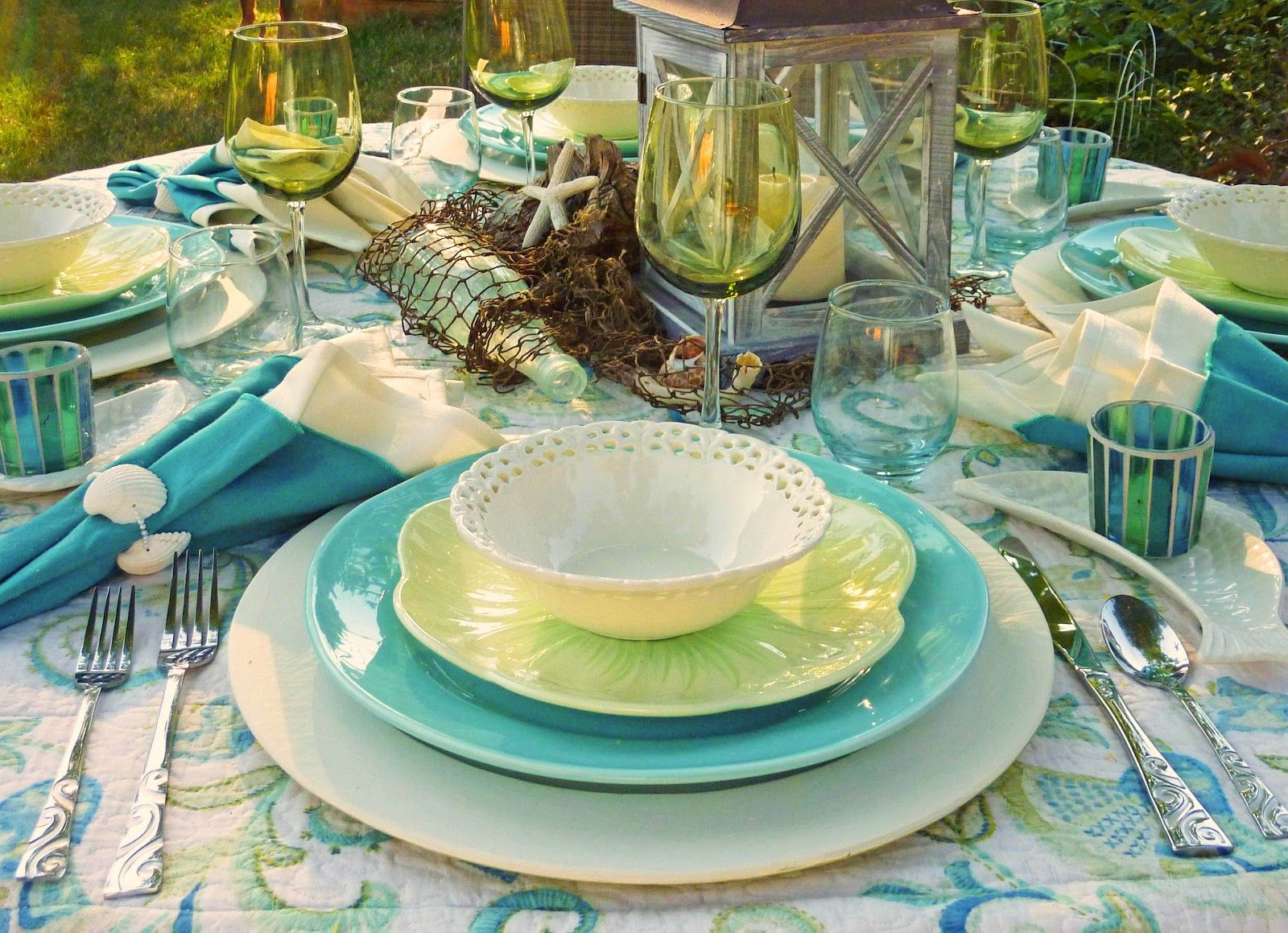 Mile High Beach ( #Tablescapes )!_ I knew a beach-themed tablescape would challenge me.