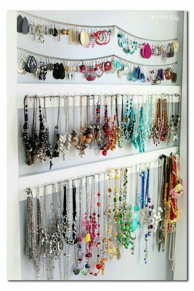 Pin by geraldine ayala albertini bittar on todo lo que me gusta you will love these 25 ingenious ways to store organize your jewelry these jewelry organization ideas include diys and solutions you can buy and use solutioingenieria Choice Image