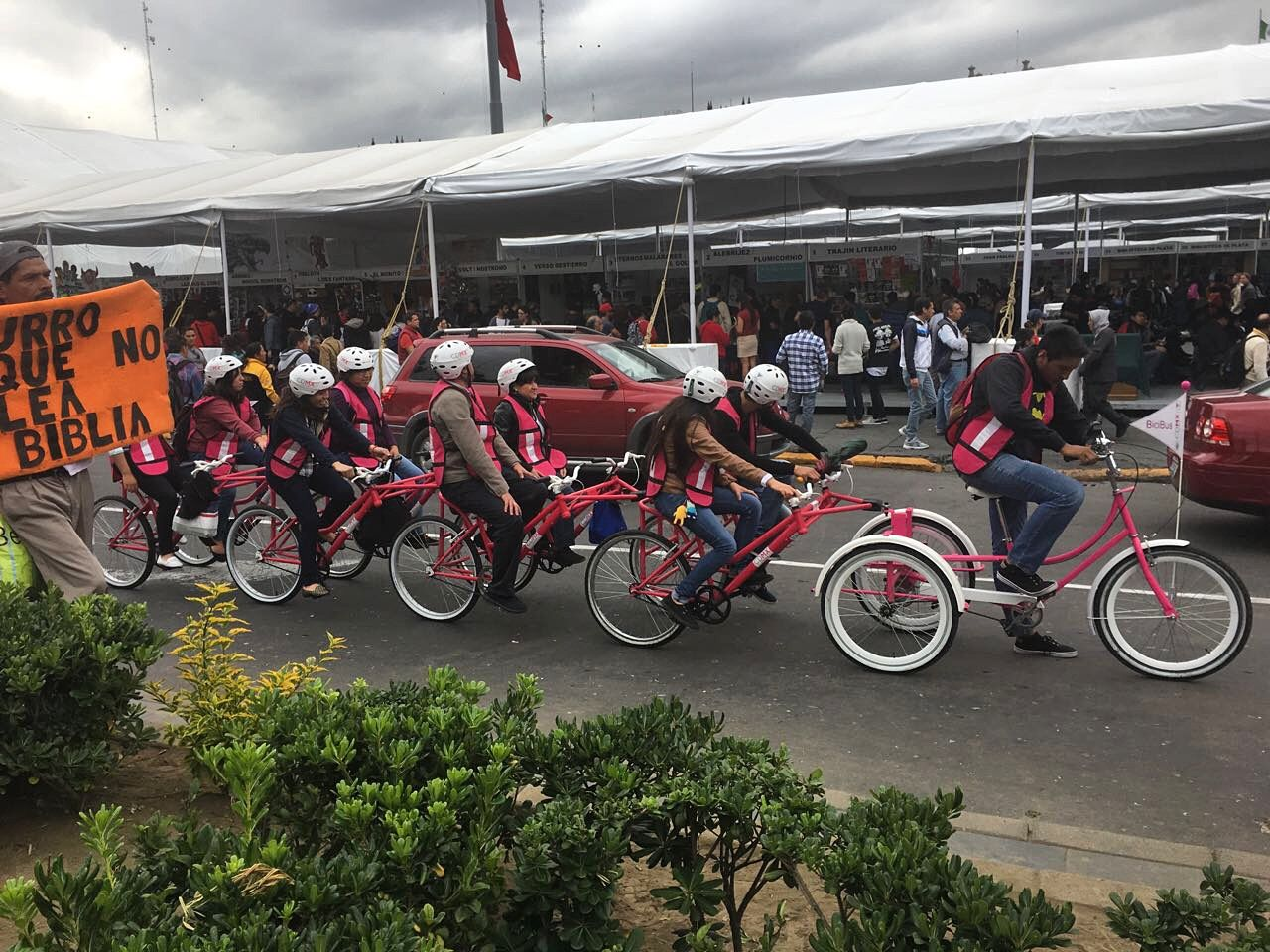 How Cool Is This Tandem Bike Riding In Mexico Tandem Cycling