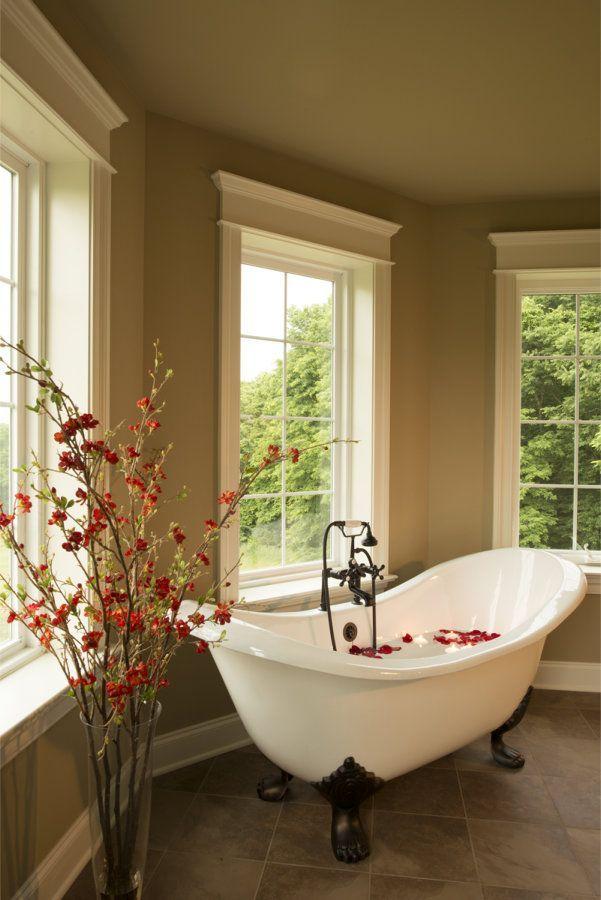 Clawfoot Tub Bathroom Designs 26 Stylish Bathrooms With Clawfoot Tubs  Bath Tubs Bathroom