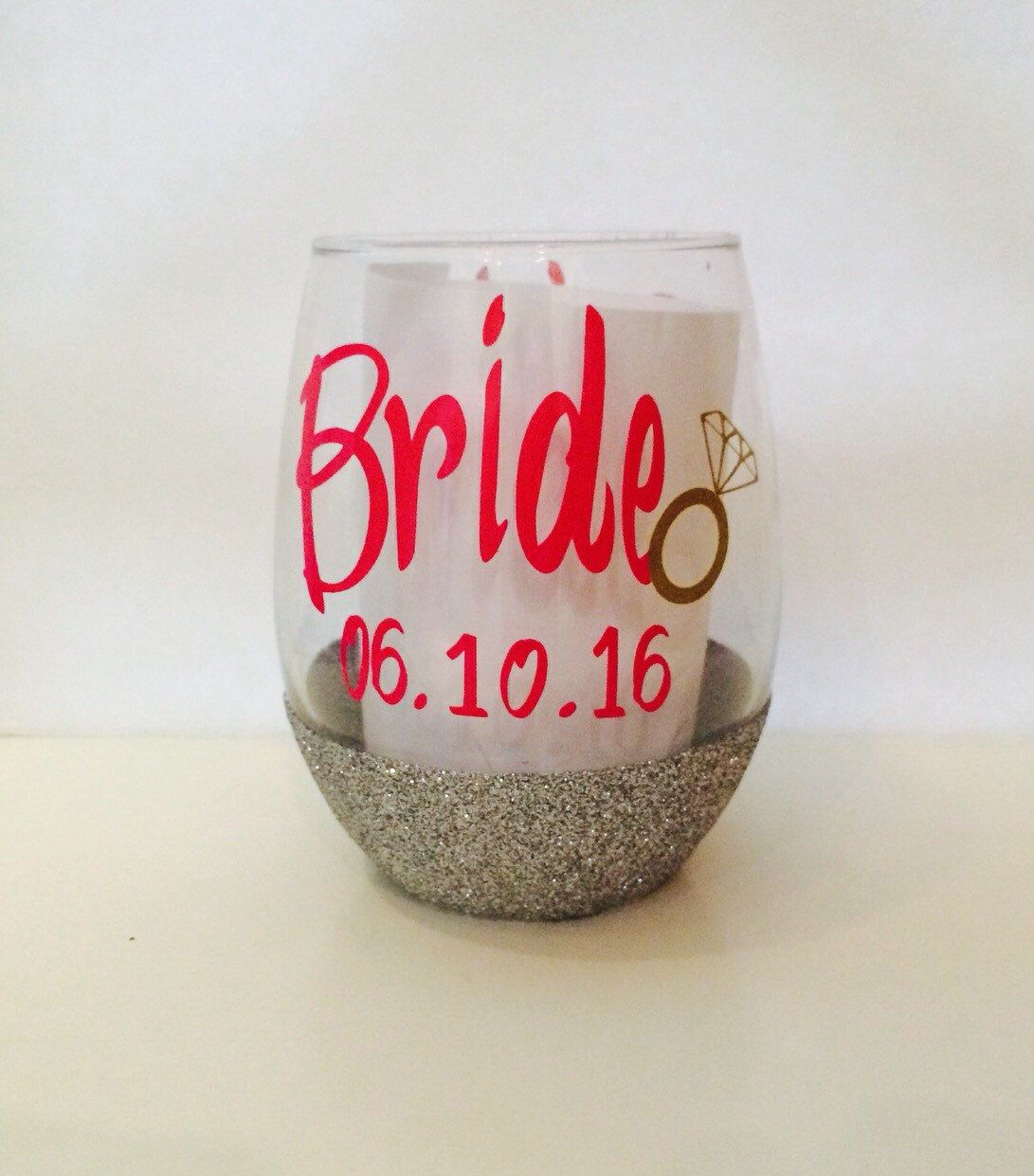 A Personal Favorite From My Etsy Shop Https Www Etsy Com Listing 266915834 Bridebest Friendbridesmaidglitte Glitter Wine Glass Stemless Wine Glass Wine Glass
