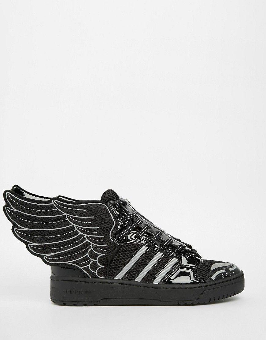 new product d8a7a eff63 Zapatillas hi-top negras con diseño de alas de malla 2.0 de adidas  Originals by Jeremy Scott. Zapatillas de deporte de Adidas Capas superiores  de malla y ...