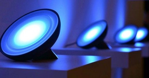 Smart And Cheap Alternatives To Add Lights To Your Philips Hue