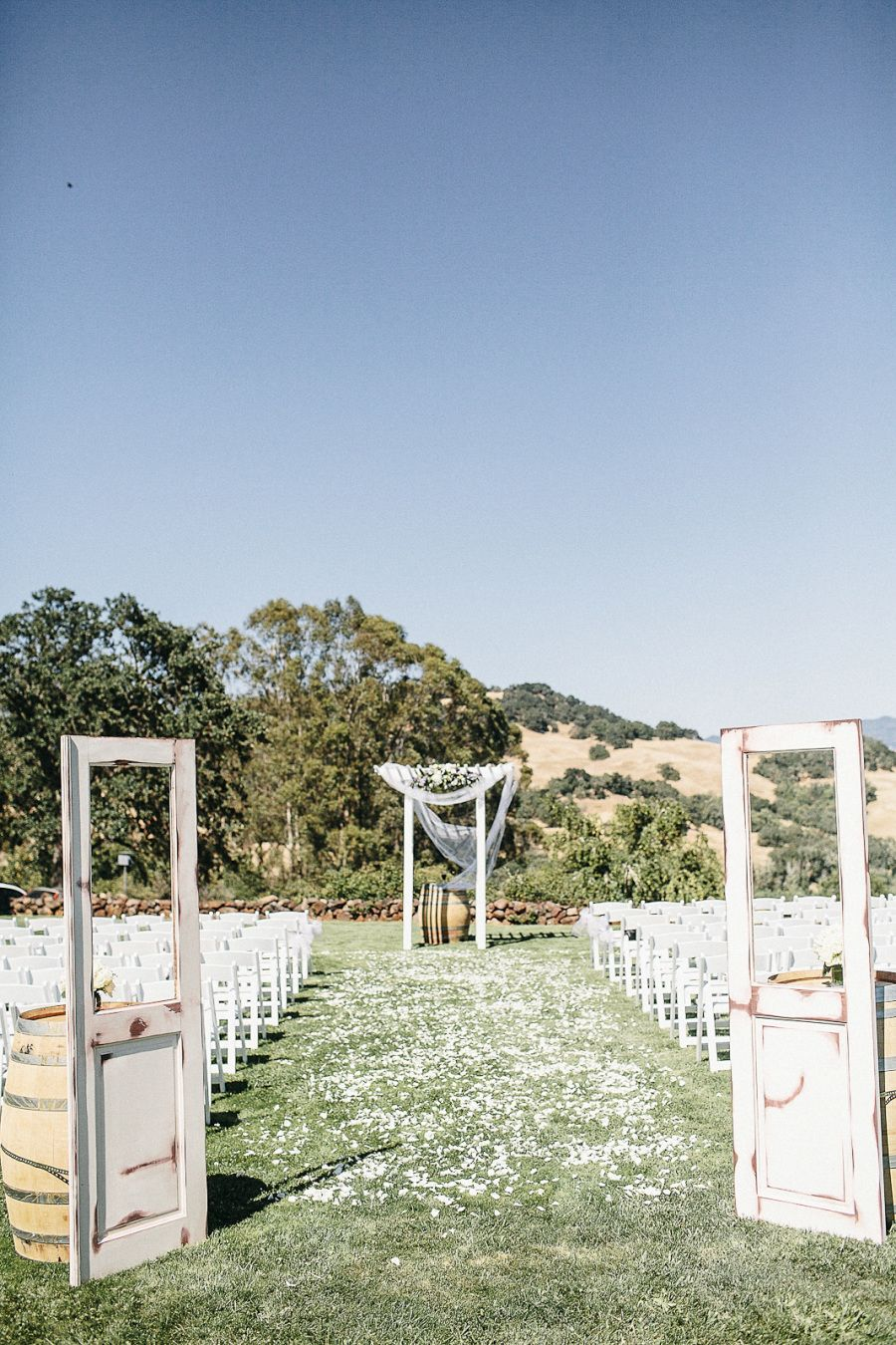 Venue: Private Residence - NOURL Photography: Heather Elizabeth Photography…