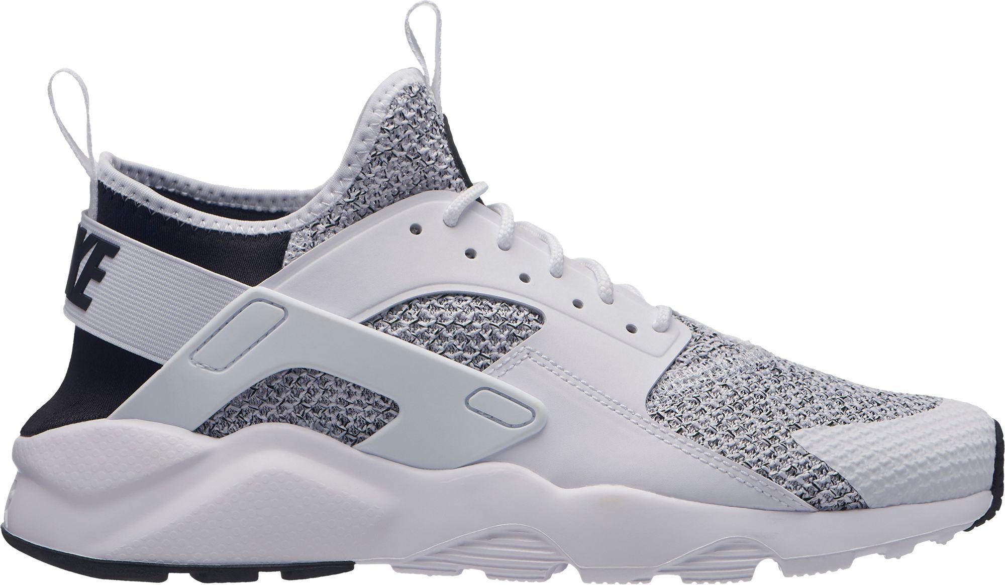 sports shoes c5e9c 8fd34 Nike Men s Air Huarache Run Ultra SE Shoes, White