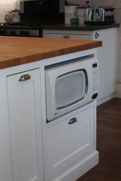 Trash Can And Microwave Built Into Kitchen Island Nice Use