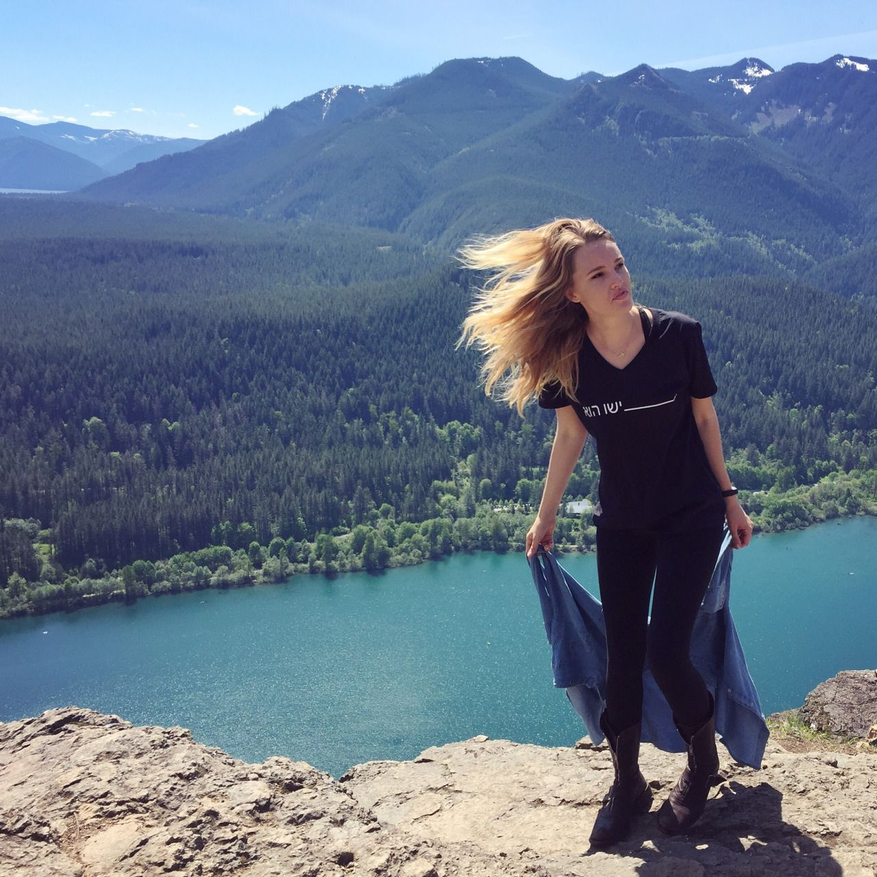 Hiking, Pacific Northwest, Rattlesnake Lake, Outdoors, Outfit, Travel,  Seattle, · North BendPacific ...